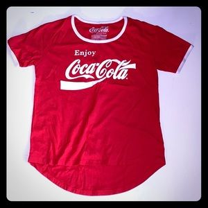 girls vintage small red coca cola t-shirt